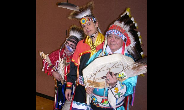 Yah-Oh-Way by Thunderbird American Indian Dancers | Young Audiences New Jersey