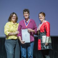 Young Audiences Teaching Artist Marilyn Keating receiving a Young Audiences' Distinguished Arts Leaders Governor's Award